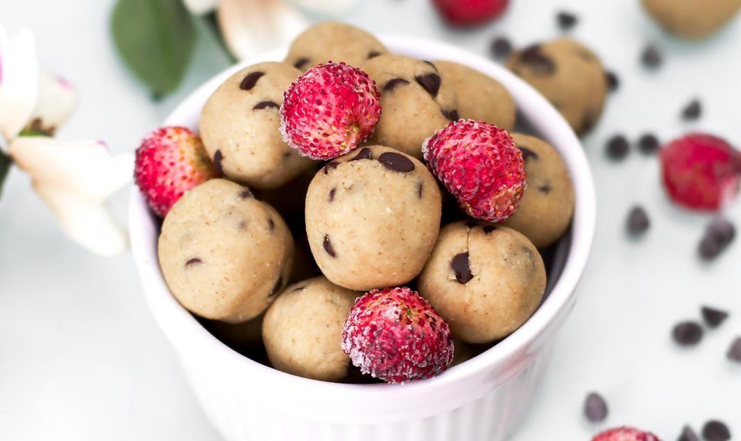 "Palline ""Cookie Dough"" solo 5 ingredienti (vegan – senza cottura)"